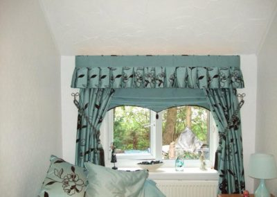 Lisa's Curtains 27